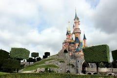 Kasteel in Disneyland dichtbij Parijs Stock Afbeelding