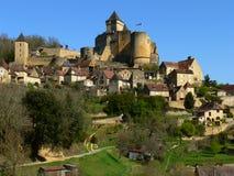 Kasteel en dorp, castelnaud-La-Chapelle (Frankrijk) Royalty-vrije Stock Afbeeldingen