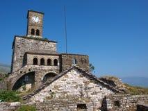Kasteel in Gjirokastra, Albanië stock foto's