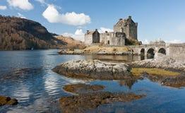 Kasteel in Loch Stock Fotografie