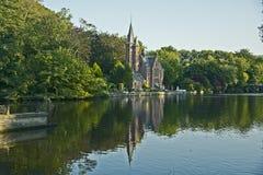 Kasteel, Meer van liefde, Minnewater, Brugge, België Stock Foto's