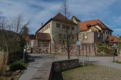 Kasteel Neuenbuerg dichtbij Pforzheim, Zwart Bos, Duitsland Stock Foto's