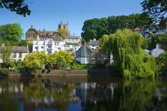 Kasteel op heuvel in Knaresborough, Yorkshire, het UK Royalty-vrije Stock Afbeelding
