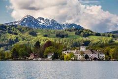 Kasteel Ort, Berg en traunsee-Gmunden, Oostenrijk Stock Foto's