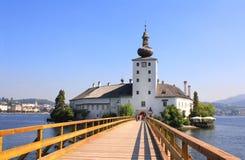 Kasteel Orth bij meer Traunsee, Oostenrijk Stock Afbeelding