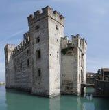 Kasteel Sirmione in Italië Stock Afbeelding