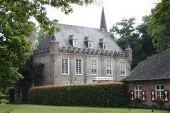 Kasteel (St. Oederode) en zijn omgeving in Nederland Stock Fotografie