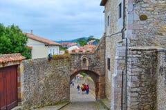 Kasteel van de Koning Castle van San Vicente de la Barquera in San royalty-vrije stock afbeeldingen