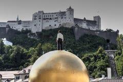 Kasteel van Salzburg en Sphaera Royalty-vrije Stock Fotografie