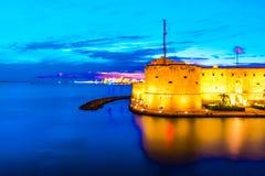 Kasteel van zuiden het Italiaanse Aragonese van Taranto stock foto's