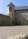 Kasteel Waldeck dichtbij Edersee met klokketoren, Duitsland Stock Foto's