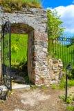 Kasteelruïnes van Kronenburg in Eifel, Duitsland royalty-vrije stock fotografie