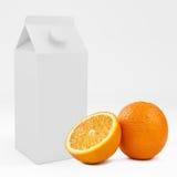 Kasten des Kartons 3D mit orange Frucht Wiedergabe 3d Lizenzfreies Stockbild