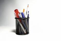 Kasten für Federn und Bleistifte Stockfotografie