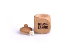 Kasten für Milch-Zähne Stockbild
