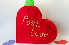 Kasten für Valentinsgrußbuchstaben Stockbild