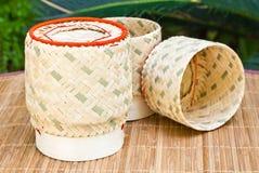 Kasten hergestellt vom Bambus. Stockbild
