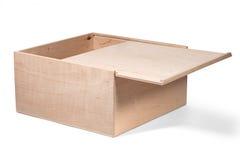 Kasten hergestellt vom Sperrholz mit einer gleitenden Abdeckung Lizenzfreie Stockbilder