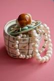 Kasten Perlen Lizenzfreie Stockbilder
