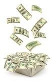 Kasten und fallendes Geld Stockbild
