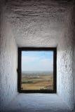Kastilien-Landschaft gesehen durch Fenster Stockbilder