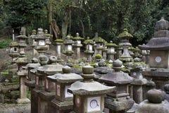 kasuga灯笼奈良寺庙石头taisha 免版税图库摄影