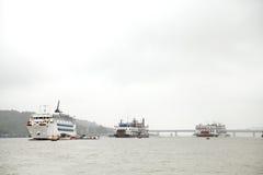 Kasyna mogą znajdujący w Goa na łodziach dokować w Mandovi rzece Fotografia Stock