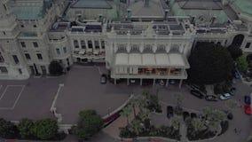 Kasyno Monte Carlo Monaco we francuskim mieÅ›cie morskim niedaleko portu z luksusowymi jahtami i Å'odziami zbiory