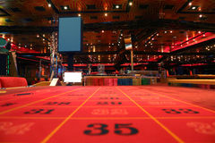 kasynowy gemowego pokoju rulety stół Zdjęcie Stock