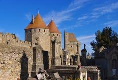 Kasztel Carcassonne i cmentarz, Francja Zdjęcie Royalty Free