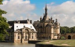 Kasztel Chantilly jest dziejowym i architektonicznym zabytkiem, Francja obrazy royalty free