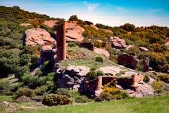 Kasztel ruiny na kamiennej cegiełce Fotografia Stock