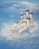 Kasztel w chmurach Zdjęcie Royalty Free