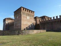 Kasztele Włochy - Ja - średniowieczny kasztel Soncino, Cremona - Fotografia Royalty Free