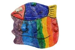 Kat met vissen De Kleuren van de regenboog Ambachten van klei Royalty-vrije Stock Afbeeldingen