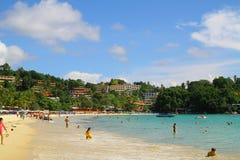 Kata Beach - Phuket - la Tailandia Immagini Stock Libere da Diritti