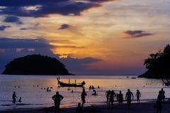 Kata Beach Phuket Province, a sud della Tailandia fotografie stock libere da diritti