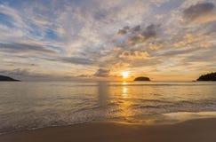 Kata strand i Phuket, Thailand Fotografering för Bildbyråer