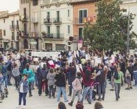 Katalanische Protestnachfrage die Freigabe von gefangen gesetzten katalanischen Unabhängigkeitsführern lizenzfreie stockbilder