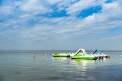 Katamaran på havet, pir, landskap Royaltyfria Bilder