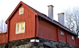Katarina山的老木房子在斯德哥尔摩 免版税库存图片