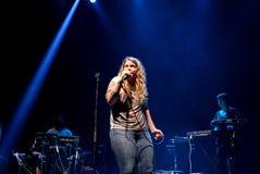 Kate Tempest-de dichter, de dramaticus, rapper en de opnamekunstenaar presteren bij Sonarfestival royalty-vrije stock foto's