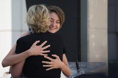 Kate Winslet και περίπατος Shailene Woodley της φήμης στοκ εικόνες