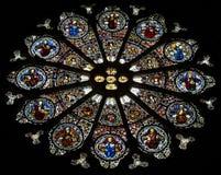 - katedra Embrun, Embrun, Alpes, Francja - zdjęcie stock