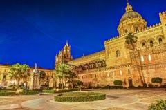 Katedra Palermo przy nocą Obrazy Royalty Free