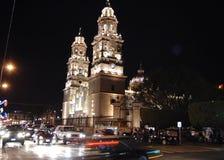 Katedra przy nocą obrazy stock