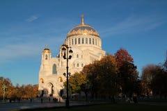 Katedra przy zmierzchem w Kronstadt Zdjęcie Royalty Free