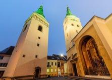 Katedra trójca w Zilina, w wieczór Zdjęcia Stock