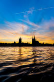 Katedra w Kolonia, Niemcy przy zmierzchem fotografia stock