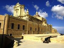 Katedra wniebowzięcie w Castello Di Arech obrazy stock